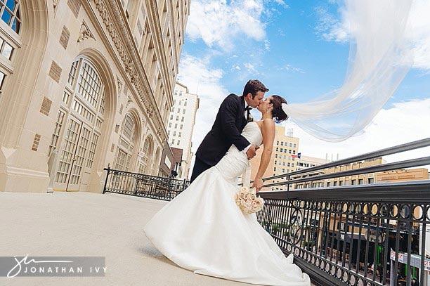 Crystal_Ballroom_Houston_Wedding_Photographer_0020.jpg