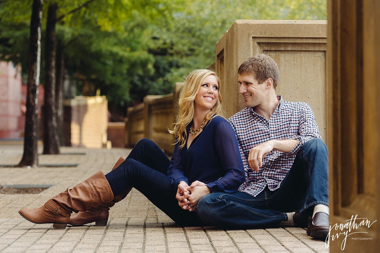 Buffalo Bayou Engagement Photos