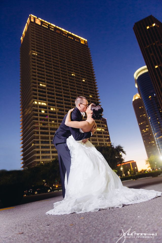 Petroleum-club-wedding-houston_0019.jpg
