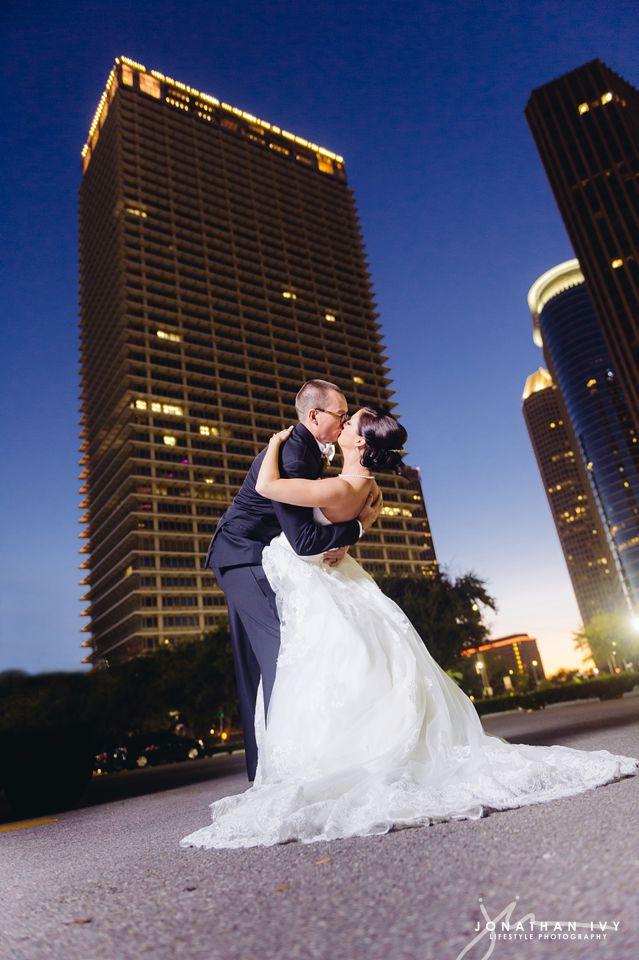 Petroleum-club-wedding-houston_0019.jpg