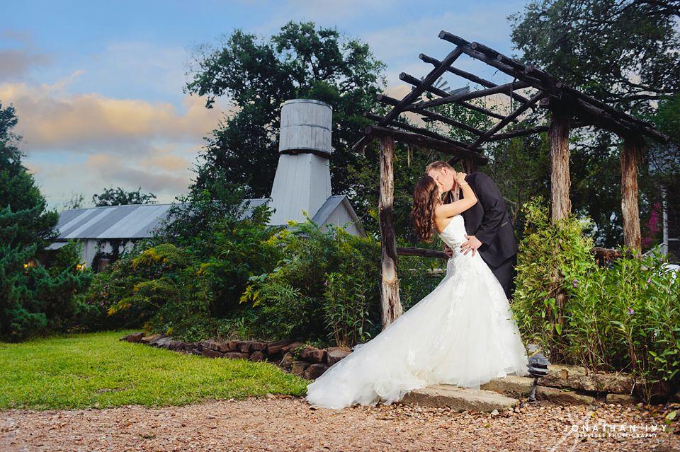 The Prairie Wedding In Round Top Texas Hasty Wedding