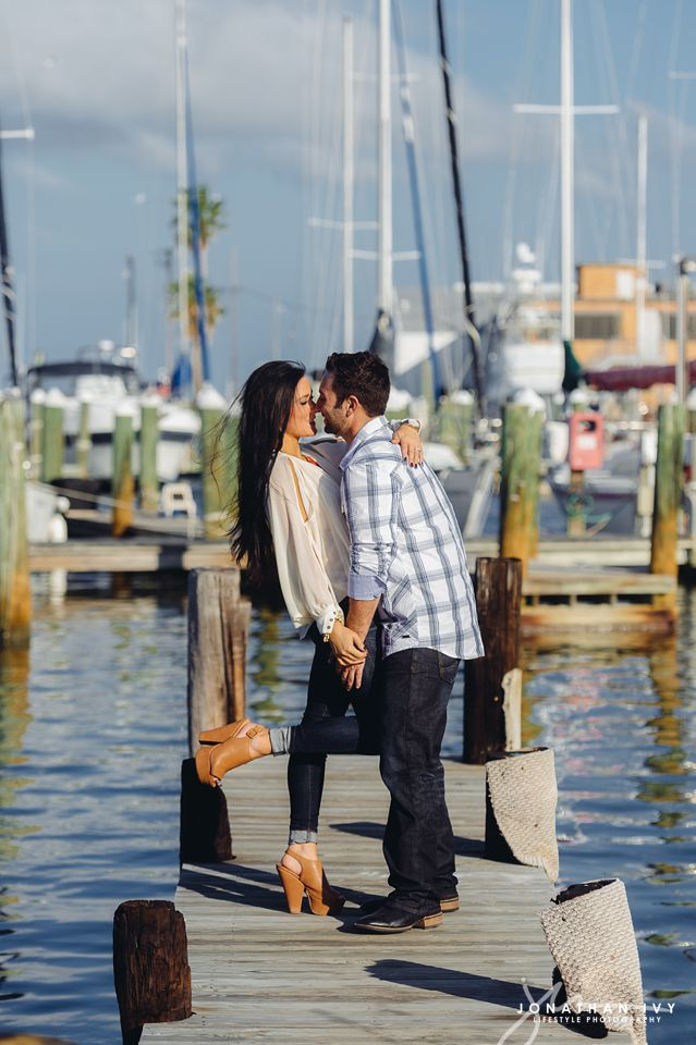 destination-beach-engagement-rockport_0006.jpg