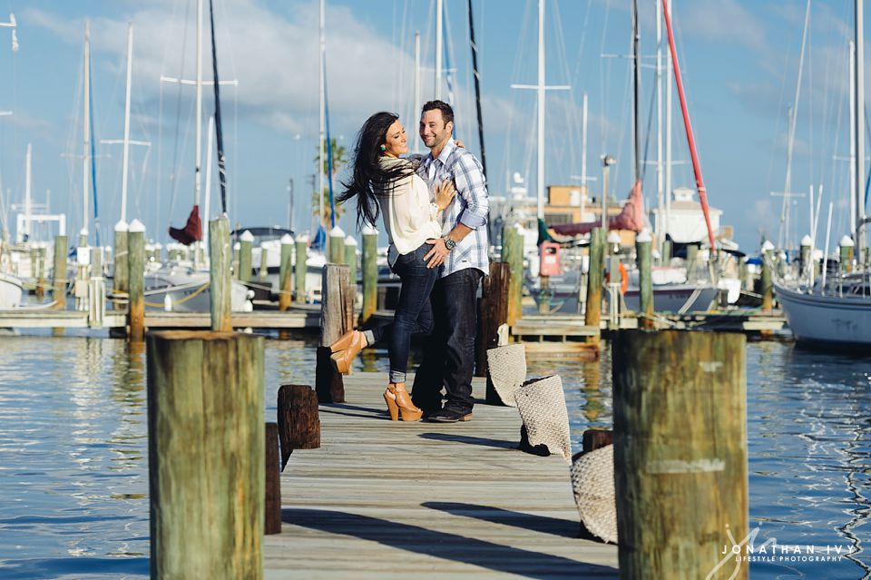 destination-beach-engagement-rockport_0007.jpg