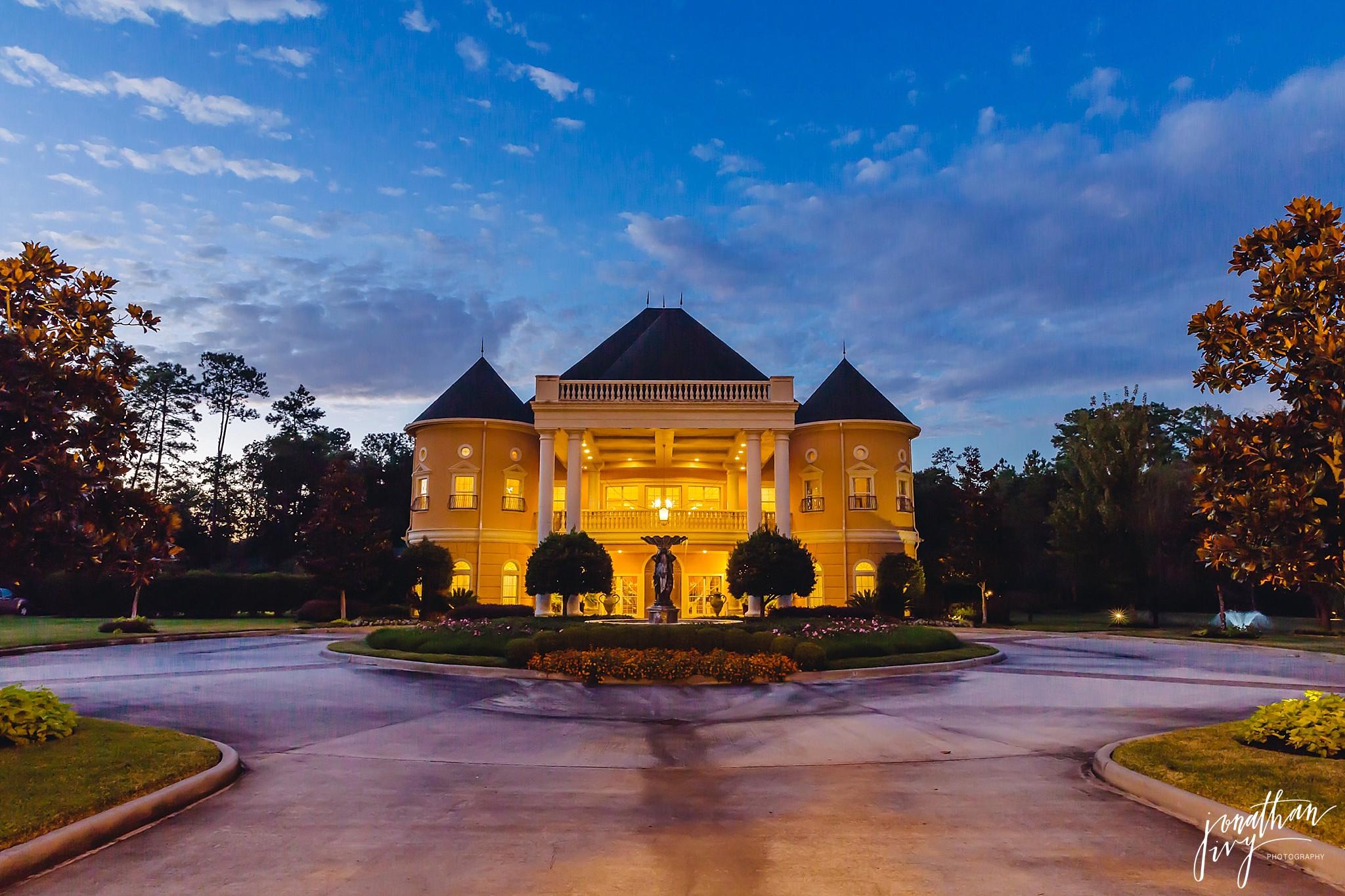 Chateau-Polonez-Wedding-Houston_0032.jpg