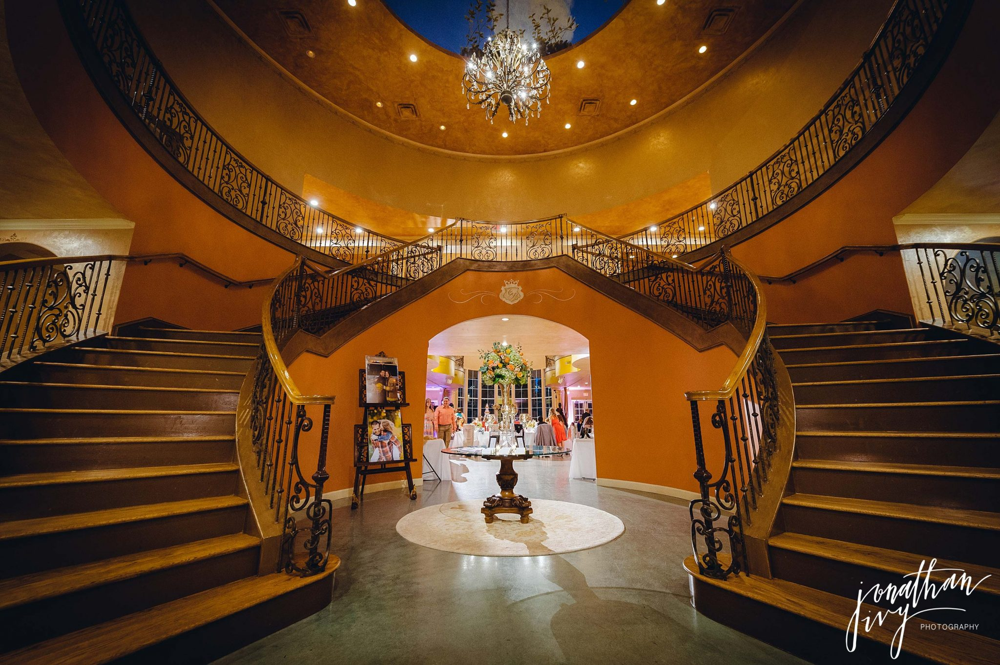 Chateau Polonez grand staircase