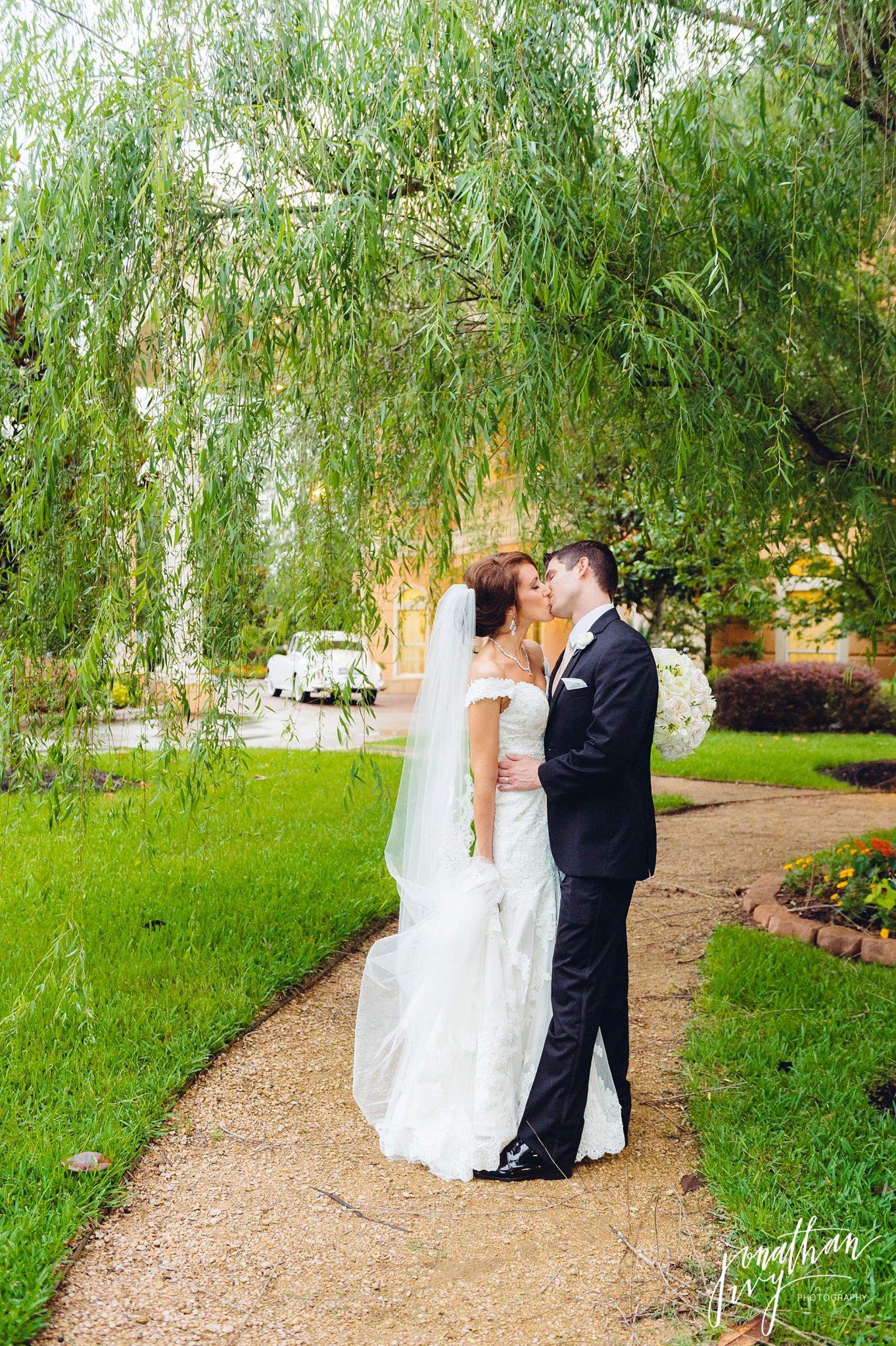 Houston Wedding at Chateau Polonez