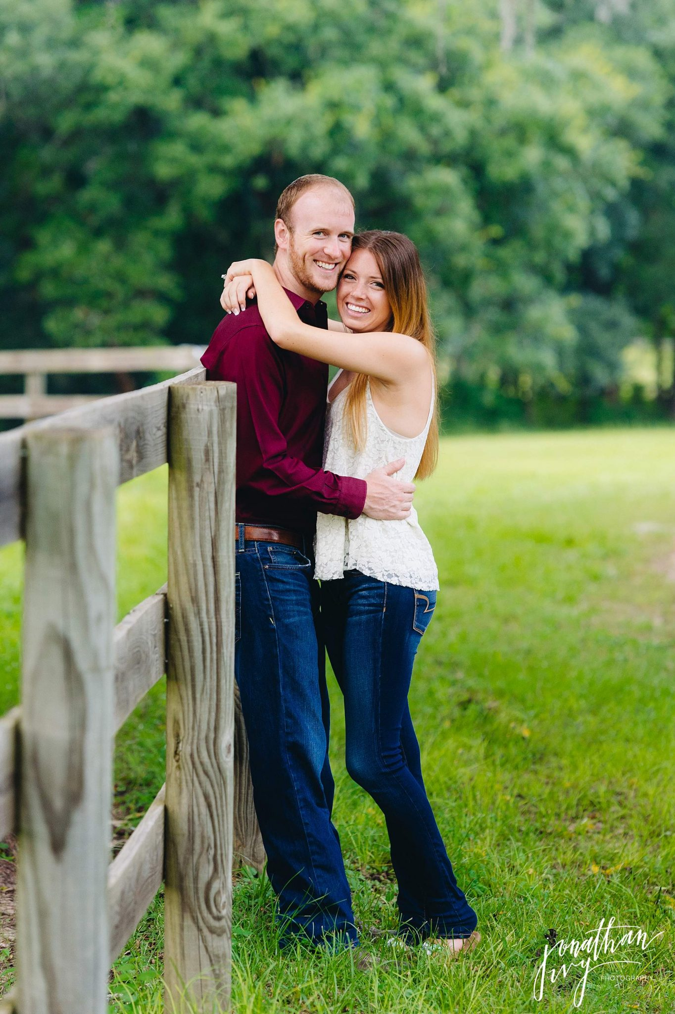 Country-rustic-engagement-photographer_0002.jpg