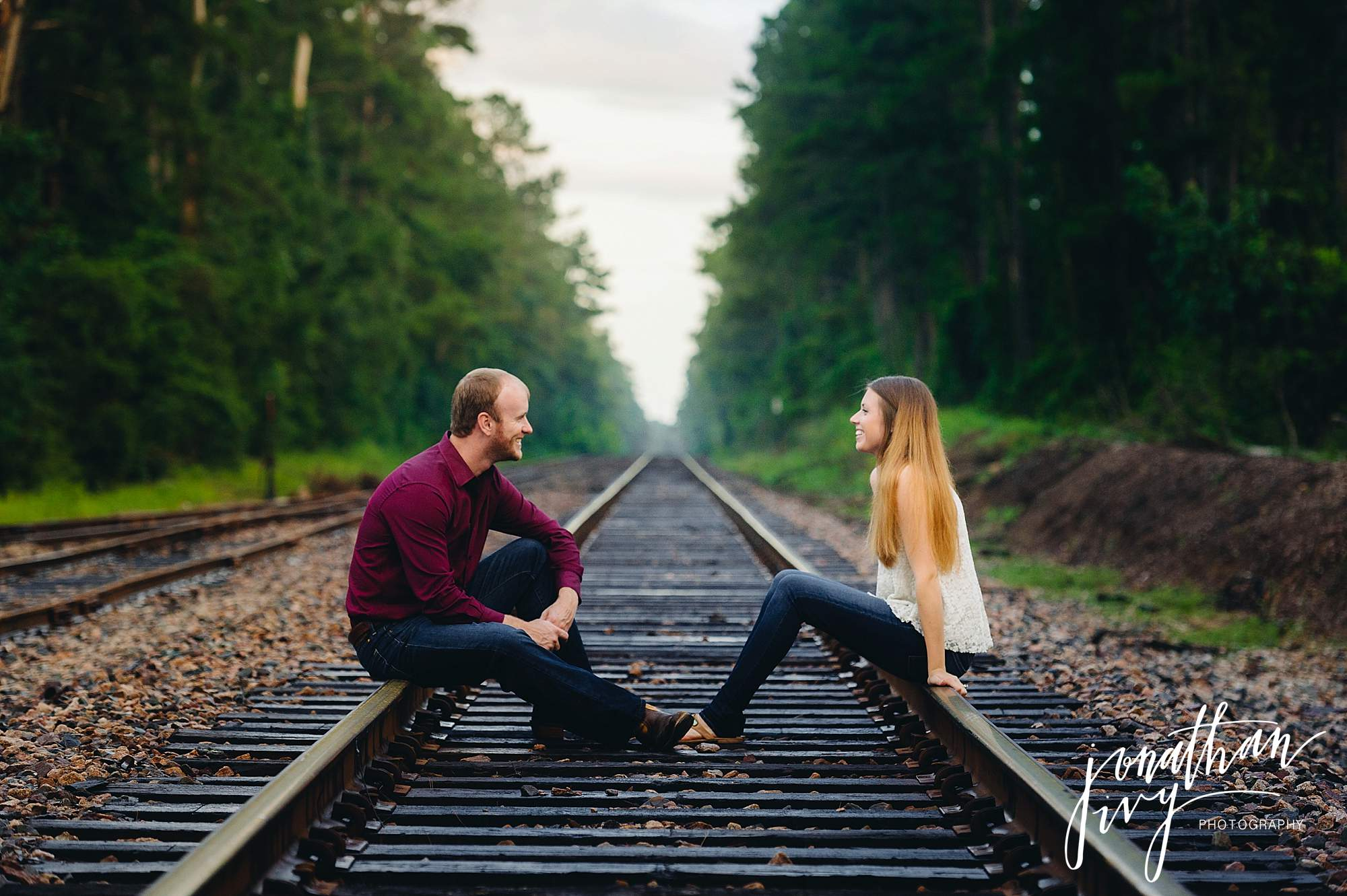 Country-rustic-engagement-photographer_0006.jpg