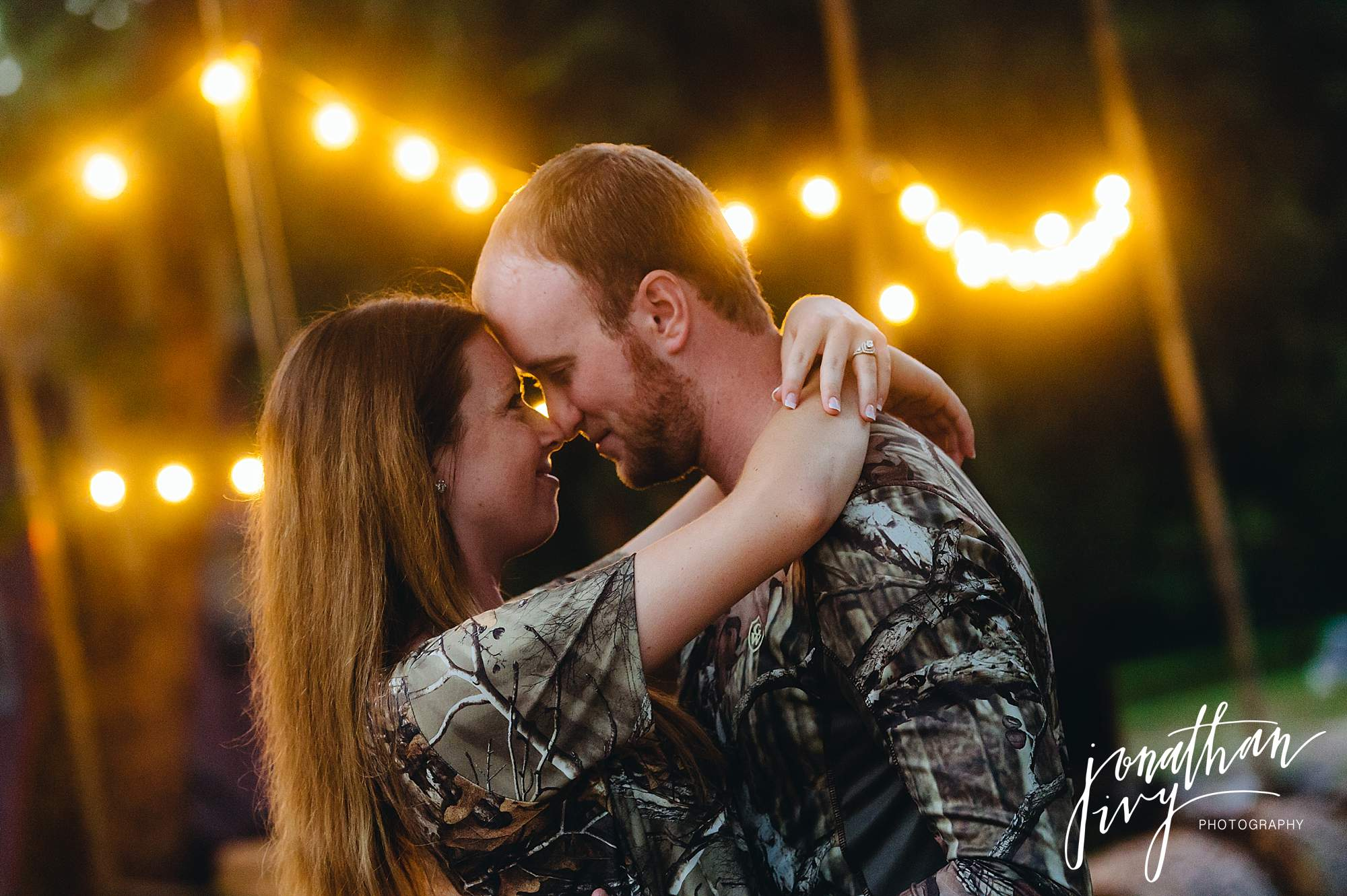 Country-rustic-engagement-photographer_0018.jpg
