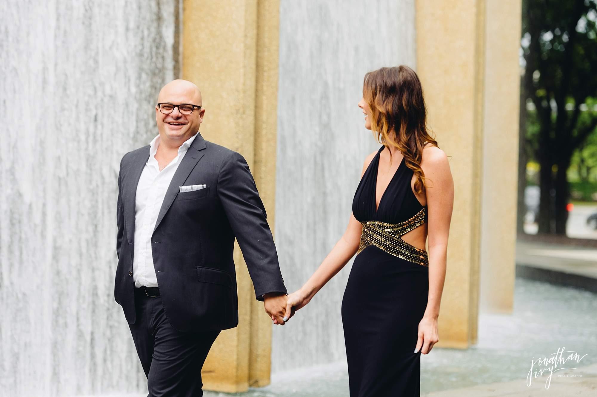 Romantic-Engagement-Photos-Houston_0001.jpg
