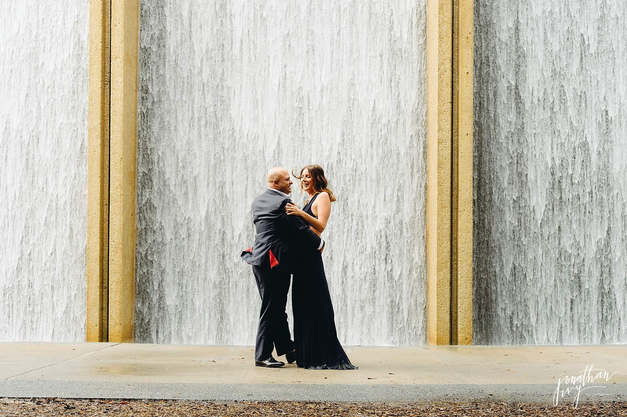 Romantic-Engagement-Photos-Houston_0003.jpg