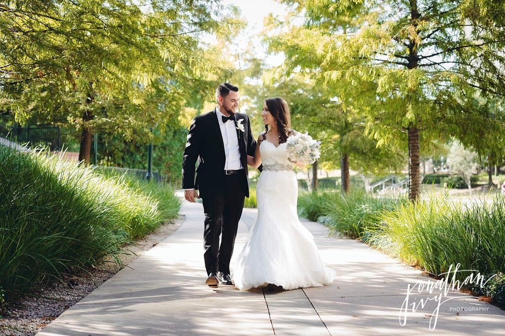 The Woodlands Waterway Wedding Photography