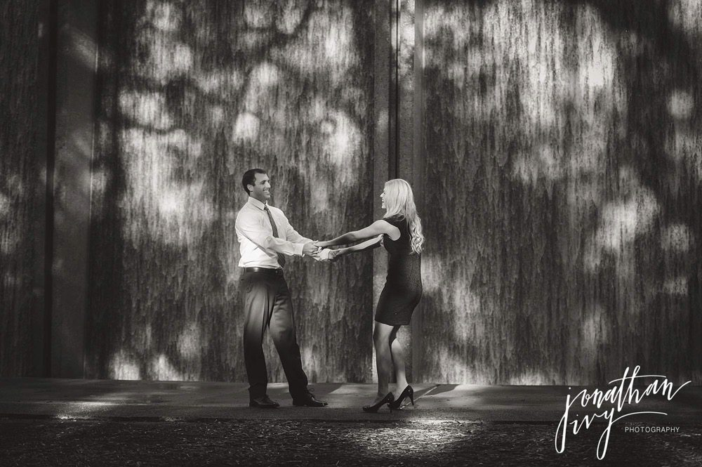 Houston Waterwall Engagement photo