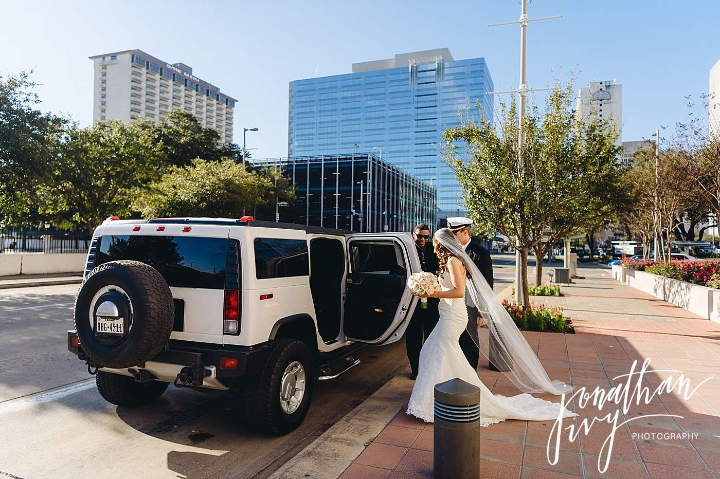 The-Houstonian-Wedding-Photographer_0026.jpg