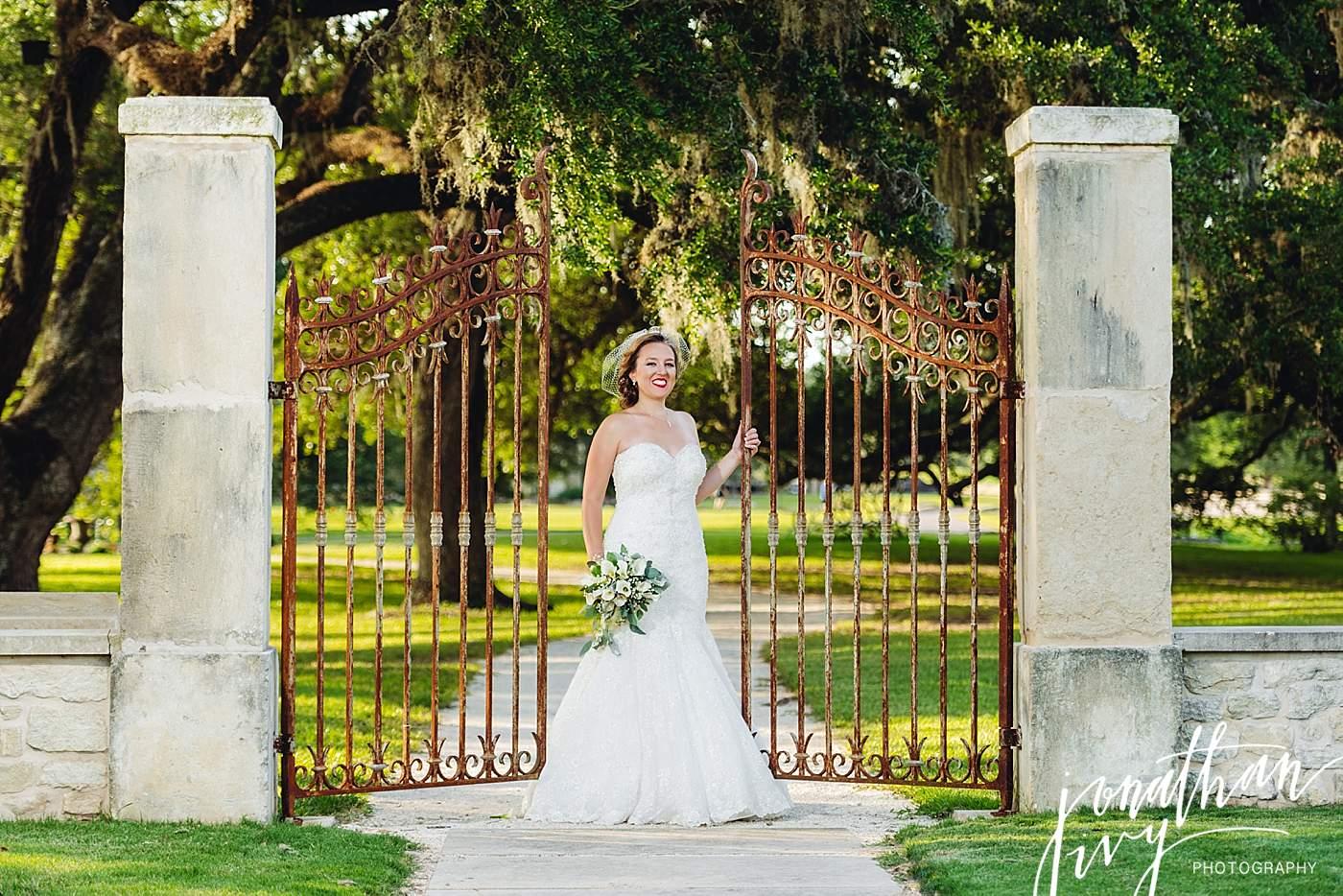 Houston Oaks Bridal,Houston Oaks Country Club,Houston Oaks Country Club Bridal,Houston Oaks Country Club Wedding,Houston Oaks Wedding,Houston Photographer,Houston Wedding Photographer,The Woodlands Photographer,The Woodlands Wedding Photographer,