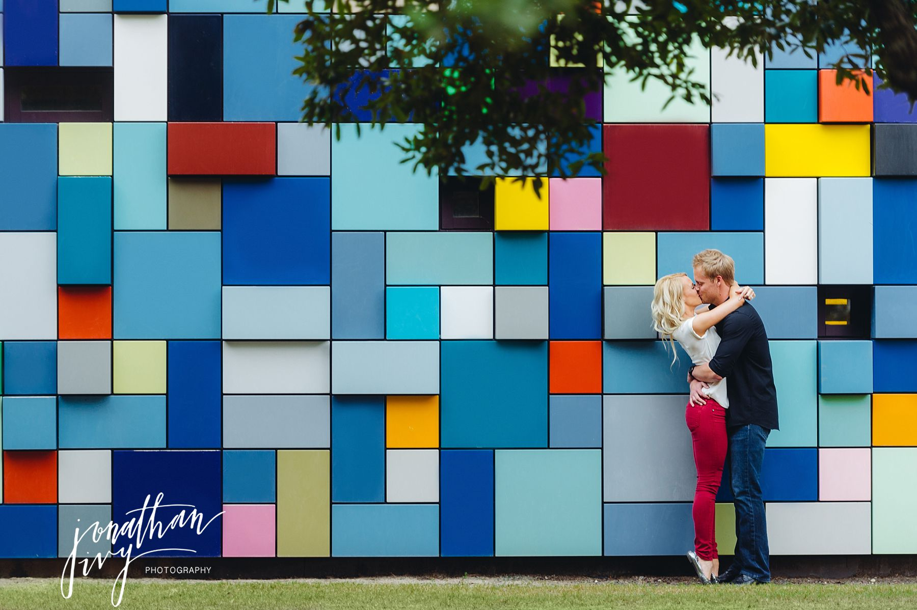 Colored Wall Discover Green Engagement Photos