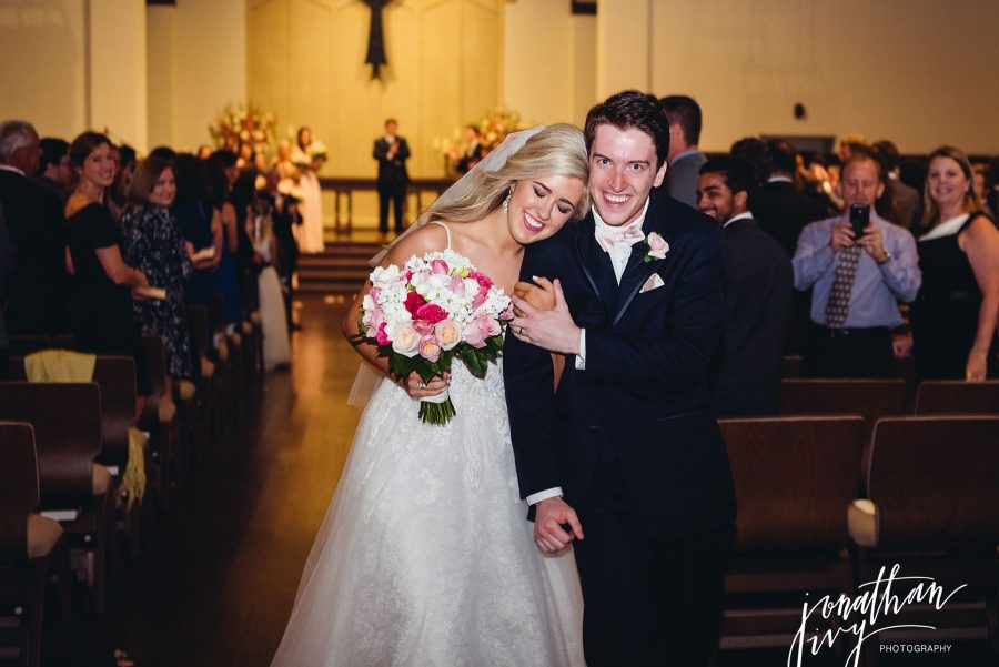 Wedding-at-Christ-the-King-Presbyterian-Church