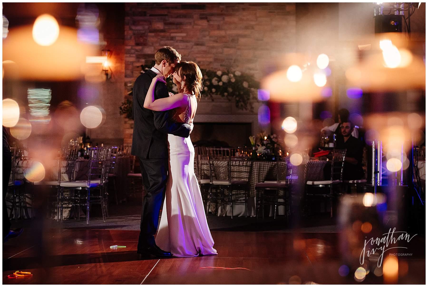 The Woodlands Country Club Wedding – Mr & Mrs Sawyer