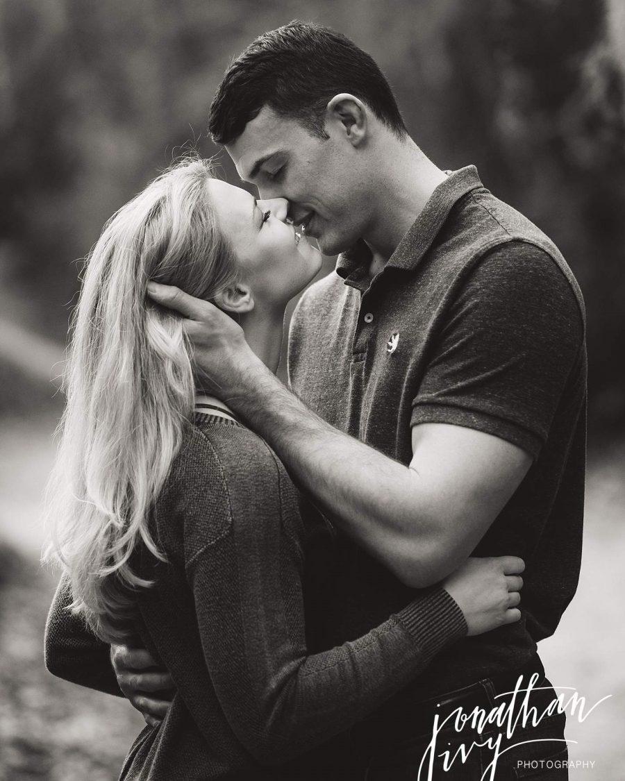 Romantic San Antonio Engagement Photos