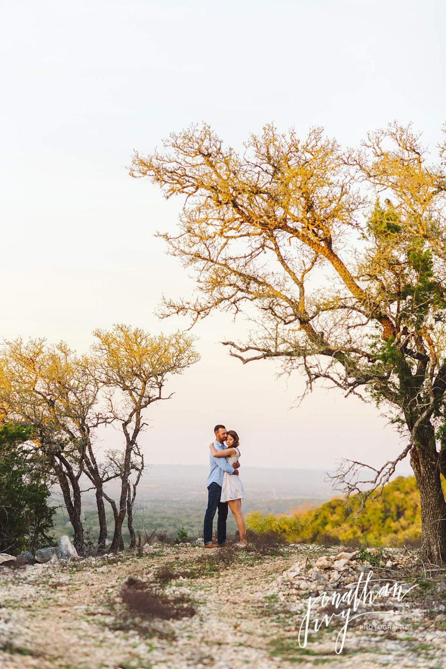 Hill Country Engagement Photos at Uno Mas Ranch