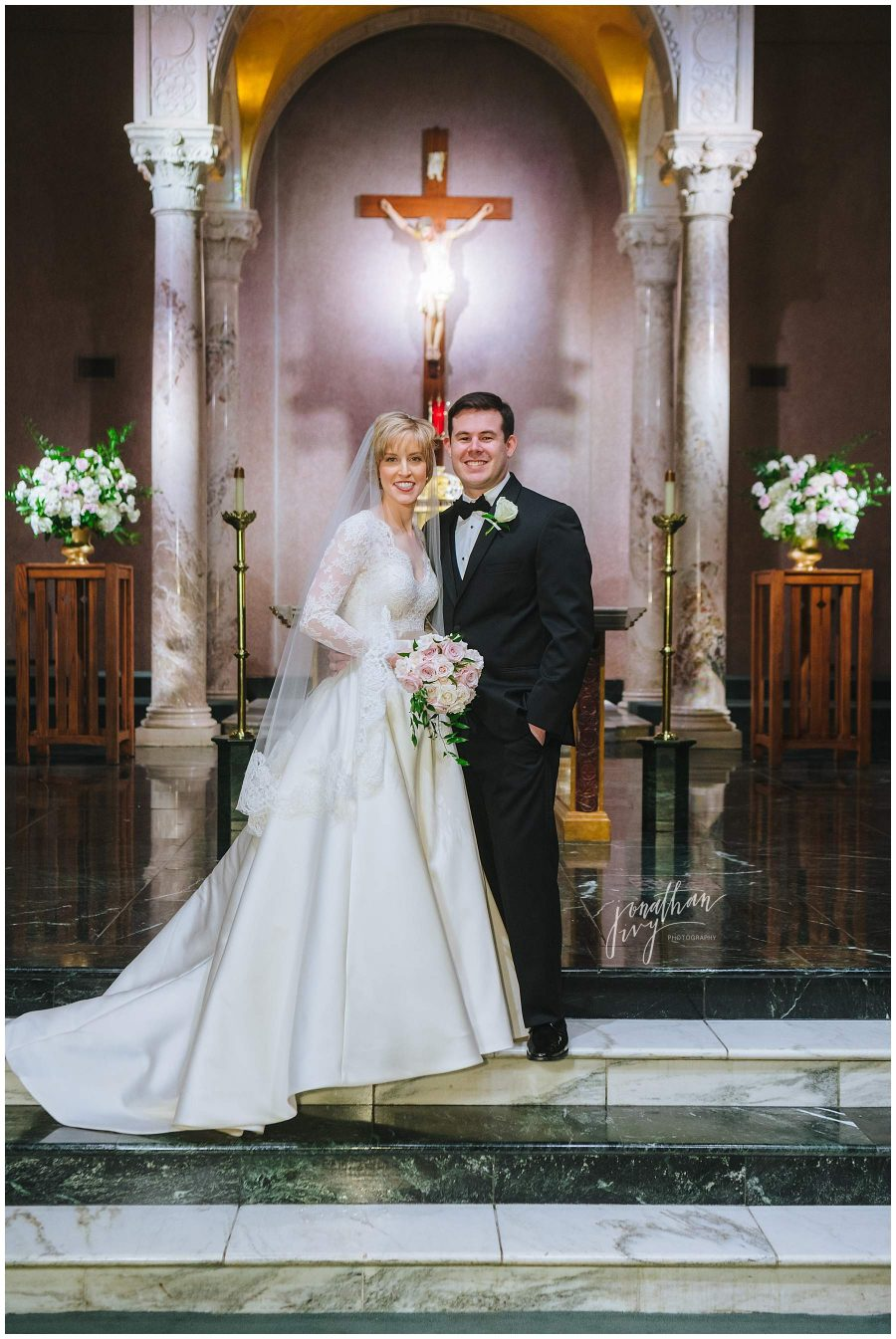 newlywed couple in chapel