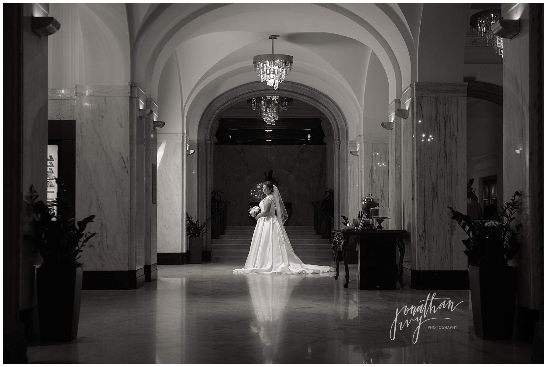 St. Anthony's Hotel Bridal Photos – Victoria's Bridals