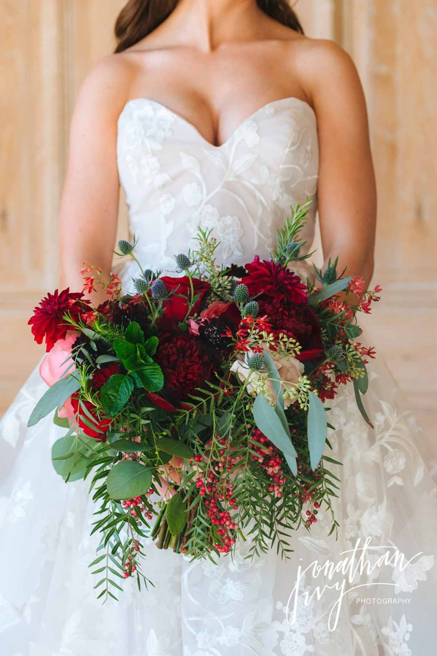 Holiday Christmas Bridal Bouquet Inspiration