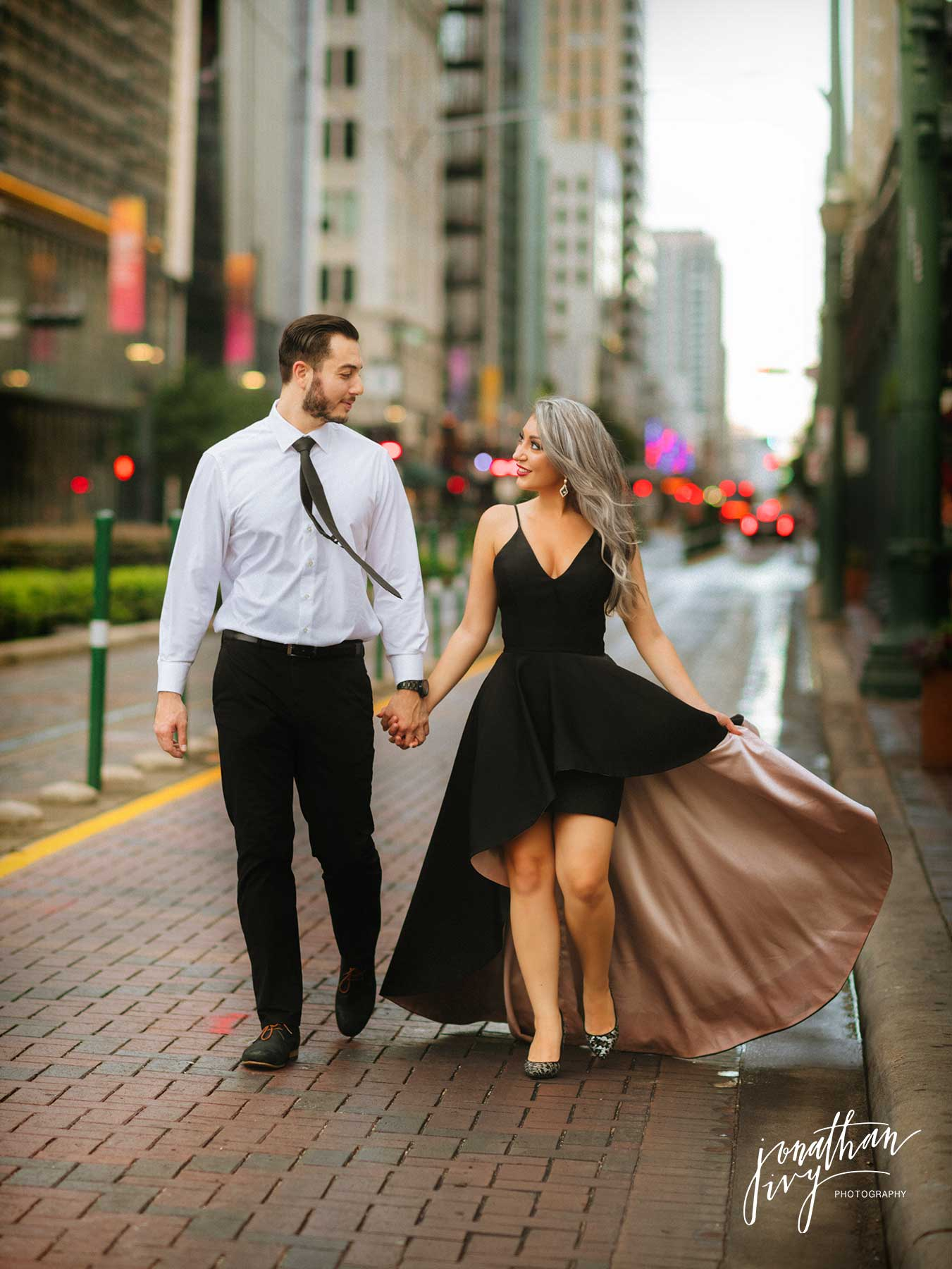 What To Wear For Engagement Photos Jonathan Ivy