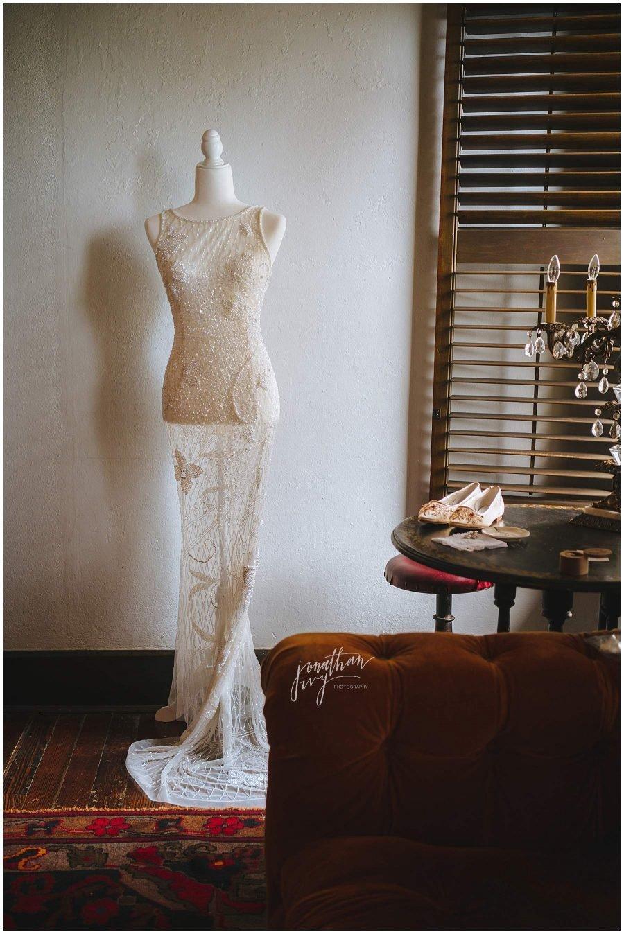 bride dress on bust